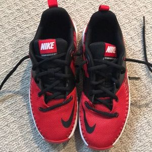 Never Worn Nike Team Hustle D7 Athletic Shoe